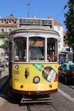 La tranvía famosa en la línea 12 en Lisboa portugal Fotografía de archivo libre de regalías