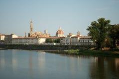 La traversée de la rivière de l'Arno Florence images libres de droits