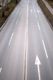La trayectoria concreta gris sin los coches Imagen de archivo