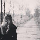 La trayectoria ella camina Fotos de archivo libres de regalías
