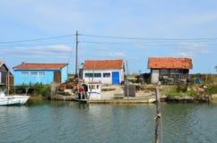 La Tremblade, ostra que cultiva o porto, Charente marítimo, França fotos de stock
