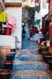 La tuile de mosaïque a décoré l'escalier en pierre Bukchon Hanok, vieux traditio photo libre de droits