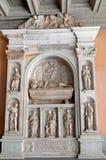La tumba de Bernat de Vilmari, abadía de Montserrat Imagen de archivo libre de regalías