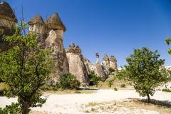 La Turquie, Cappadocia Champignons en pierre dans la vallée des moines (Pashabag) Images libres de droits