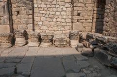 La Turquie, Demre, église de Saint-Nicolas, fragments des colonnes photographie stock