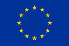La UE oficial señala por medio de una bandera Foto de archivo libre de regalías