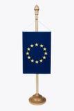 La UE señala por medio de una bandera Foto de archivo libre de regalías