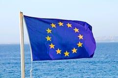 La UE señala por medio de una bandera Fotos de archivo