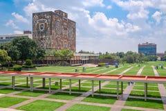 La universidad autónoma nacional de México imagen de archivo
