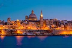 La Valette par nuit, Malte Photographie stock