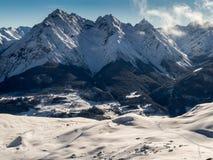 La vallée d'auberge en hiver Photographie stock libre de droits