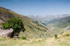 La vallée de Hecho. Espagnol Pyrénées Photos stock