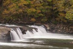 La vallée tombe en automne Photographie stock libre de droits