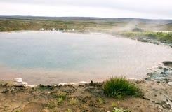La valle di Haukadalur è un punto di riferimento famoso dell'Islanda fotografia stock