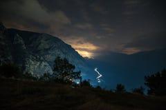 La valle di Parnassus nella notte immagine stock