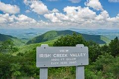 La valle irlandese dell'insenatura trascura - Ridge Parkway blu, la Virginia, U.S.A. Immagine Stock Libera da Diritti