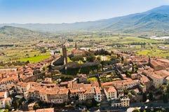 La Valle Verde en la ciudad de Castiglion Fiorentino Imágenes de archivo libres de regalías
