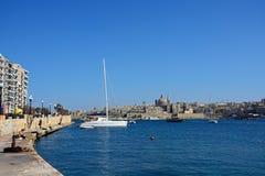 La Valletta veduta da lungomare di Sliema, Malta fotografie stock libere da diritti