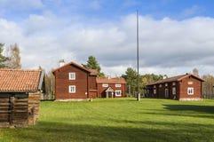 La vecchia azienda agricola di legno alloggia Ytterhogdal Fotografia Stock