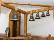 La vecchia campana in un monastero ortodosso Fotografia Stock