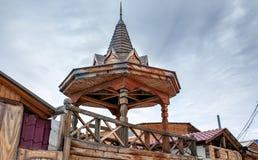 La vecchia casa di legno nell'isola di Olkhon, il lago Baikal Fotografie Stock Libere da Diritti