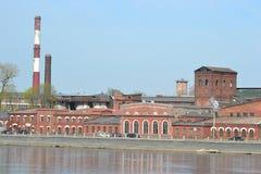 La vecchia costruzione della fabbrica, San Pietroburgo immagine stock