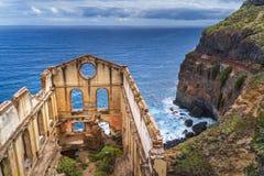 La vecchia costruzione della pompa ha chiamato la casa del agua in Tenerife fotografie stock