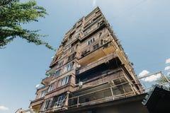 La vecchia multi-storia residenziale alloggia Yerevan, Armenia Immagine Stock Libera da Diritti