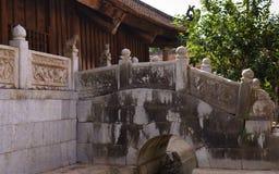 La vecchia pagoda di pietra nel Vietnam Immagine Stock