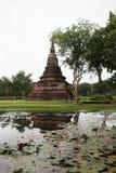 La vecchia pagoda nella pioggia sta andando cadere Fotografia Stock
