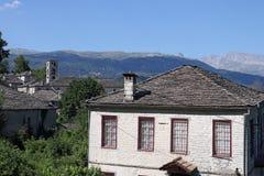 La vecchia pietra alloggia il villaggio Dilofo Zagoria Immagini Stock Libere da Diritti