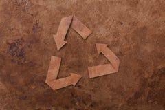 La vecchia priorità bassa del parer con ricicla il segno Immagine Stock