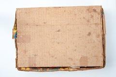 La vecchia scatola di cartone marrone è chiusa Immagini Stock Libere da Diritti