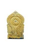 La vecchia scultura di simbolo di buddismo su bianco Fotografia Stock Libera da Diritti