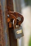 La vecchia serratura arrugginita Fotografie Stock