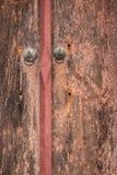 La vecchia Tailandese-pittura sulla porta del tempio fotografia stock libera da diritti