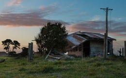La vecchia tettoia dell'azienda agricola Fotografia Stock Libera da Diritti