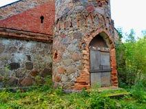 La vecchia torre abbandonata Fotografia Stock