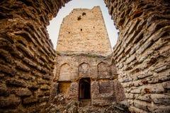 La vecchia torre nel Caucaso al tramonto al sole Fotografia Stock Libera da Diritti