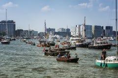La VELA Amsterdam è una flottiglia immensa delle navi alte Immagini Stock Libere da Diritti