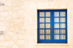 La ventana azul Imagen de archivo libre de regalías