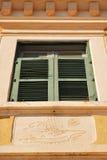 La ventana de rejilla vieja Fotografía de archivo libre de regalías