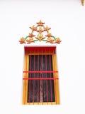 La ventana del templo viejo en Wat-tam-NAK-tai Tailandia Foto de archivo