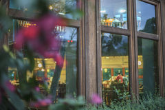 la ventana en la ciudad Fotos de archivo