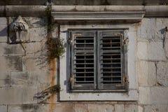 La ventana vieja imágenes de archivo libres de regalías