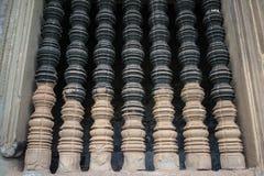 La ventana vieja hecha por la piedra en arte antiguo del Khmer Foto de archivo libre de regalías