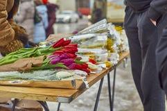 La vente fleurit dehors Photographie stock libre de droits