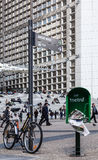La-Verteidigung-Straßen-Detail Stockfotos