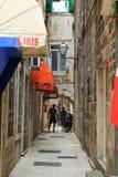 La via di vecchio Traù, Croazia immagine stock