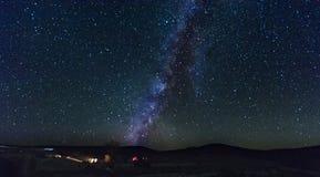 La Via Lattea dall'Israele del sud fotografia stock